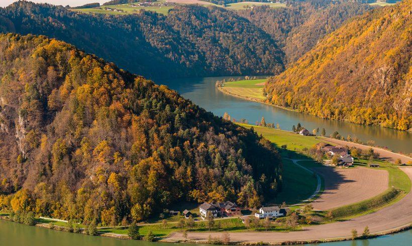 RIOCOM creates hazard zone plans on the Danube, Lafnitz  and Schwechat